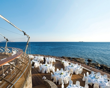 Wedding by the sea at Veghera Bar-Restaurant, Grand Resort Lagonissi