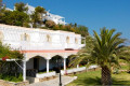 Dolphin Bay Family Resort in Syros