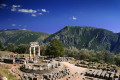 Athena Pronaia Sanctuary, Delphi oracle